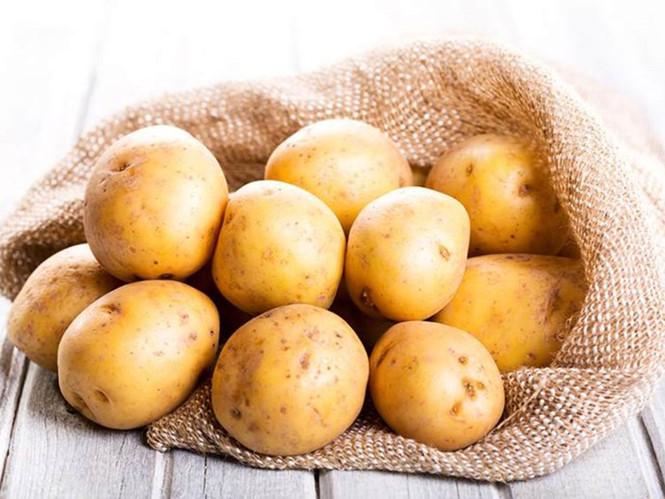 Chữa khỏi bệnh đau dạ dày nhờ củ khoai tây