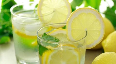 Nước chanh không đường tốt cho việc ngăn ngừa sỏi thận