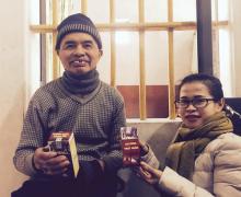Cụ ông 4 lần đột quỵ, 10 năm bại liệt: Trở thành 'nhà thơ' sau khi dùng thuốc trị tai biến của Việt Nam