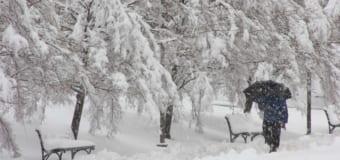 Cách phòng bệnh đau nhức xương khớp khi thời tiết chuyển mùa